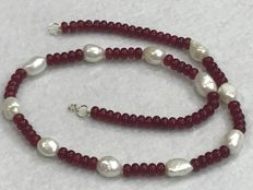 Necklace with Rubies and Pearl of 18 kt Gold, 50 cm