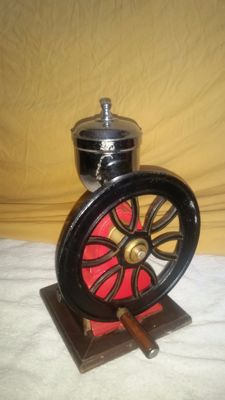 Elma coffee grinder - the object is in used condition but still works properly