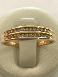 Wedding ring in 18 kt yellow gold with diamonds of 0.24 ct - Size 60.