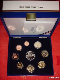 France - Case (9 coins) Proof 2009.