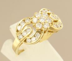 Yellow gold ring set with 25 brilliant cut diamonds, in total approx. 1.24 ct – ring size 17.5 (55)
