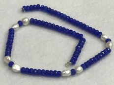 Necklace with Sapphire, Pearl and 18 kt Gold., 49.50 cm