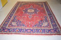 Persian carpet, Tabriz/Iran – 20th century, circa 1970 – approx. 320 x 205 cm – with certificate of authenticity