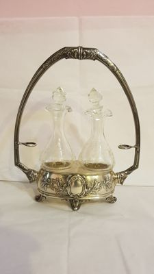 Oil vinegar set in silver 800/1000, late 1800s