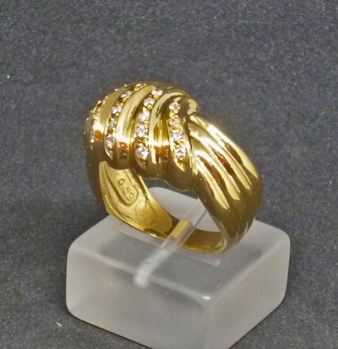 18k Gold ladies ring with diamonds 0,27ct - size 54.5