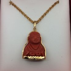 Chain and pendant in 750 GOLD. Buddha made of coral