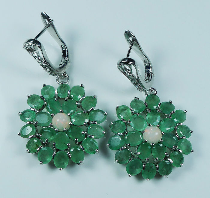 925 Sterling silver dangle earrings inlaid with Emeralds & fire Opals ***No reserve price***