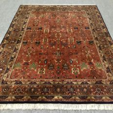 Beautiful large hand-knotted oriental Indo-Sarough carpet, 305 x 220 cm, approx. 10 years old