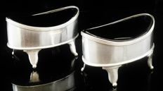 A pair of silver salt cellars with glass liners, Abstinando King, London, 1802