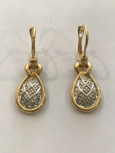 Gold earrings and diamonds ** no reserve price **