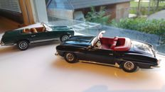 Ertl-Autoworld / Norev - Scale 1/18 - Mercedes-Benz 190 SL 1957 - Black & Mercedes-Benz 230 SL 1966 - Green