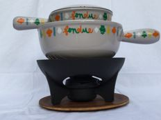 "Beautiful lovely cast iron fondue set from ""Le Creuset"" __ with fondue pot and Savoyarde"