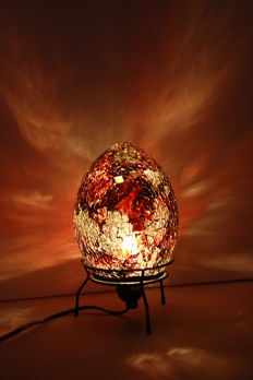 Beautiful lampadaire from craquelure glass in the shape of an egg