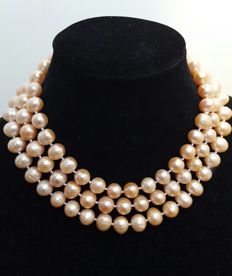 Long necklace freshwater-cultured peach-coloured pearls - Length: 128 cm