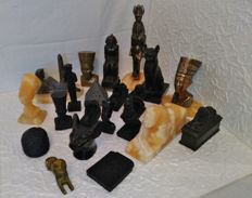 Collection, 21 pieces Egyptian figure collection - 7158 g - sculptures lot