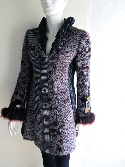 Tricot Chic - Knitted Winter coat with Fur