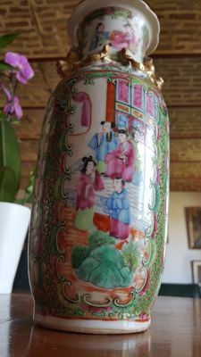 Antique Famille Rose Vase Canton - China - 19th century