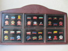 Lot of 36 pins of car brands -circa 1990