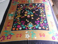 Gucci – square foulard scarf – very good condition