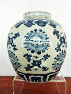 Old ginger pot – China – from late 19th century to early 20th century.