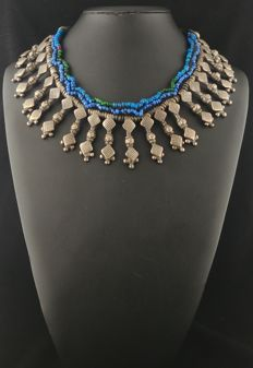Metal alloy necklace with antique elements – Afghanistan, mid 20th century