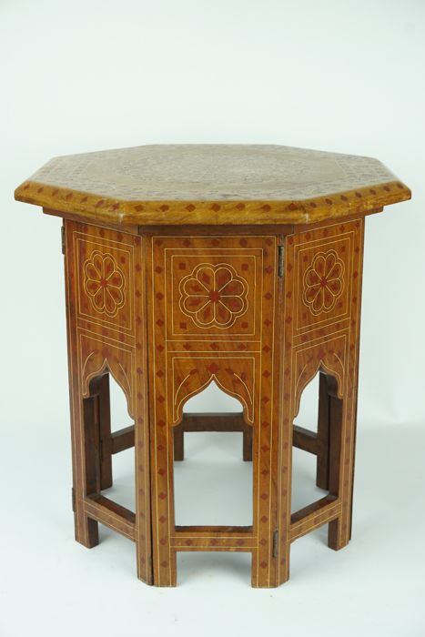 Small Foldable Wooden Octagonal Islamic Side Table With