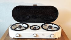 Vintage enamelled three ring gas cooker - Helco 357
