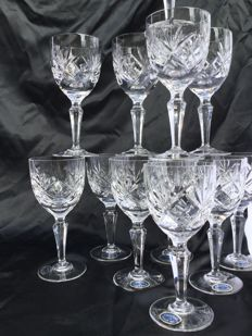 Twelve elegant cut crystal wine glasses__ Cristallerie de Lorraine 24% Pbo __ LEMBERG Crystal __ 20th century