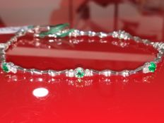 Tennis bracelet with emeralds and diamonds for 1.43 ct, colour: E/F, clarity: VVS