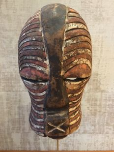 African facial mask on a stand - SONGYE - D.R Congo