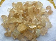 Beautiful Topaz Crystals Lot  - 1000g - 5000 Ct