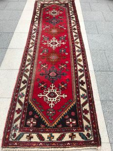 Gorgeous hand-knotted Persian Hamadan runner rug 85 x 291