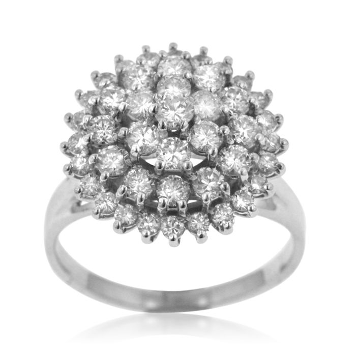 Classic  4-row Ladies' 2ct+ Diamond 'Entourage' Ring, as new.