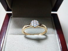 Engagement 18 kt gold ring and diamonds weighing 0.16 ct, N15