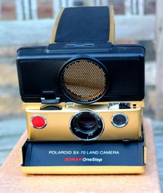 Polaroid SX-70 Sonar model, gold version (very rare)