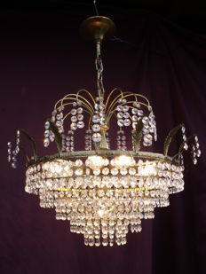 Vintage chandelier with cut glass crystals - France - second half of the 20th century