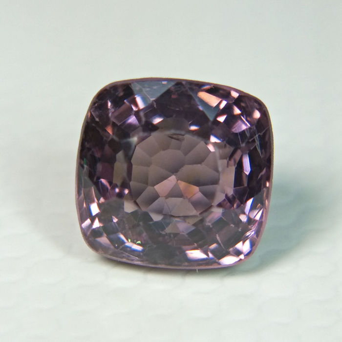 Purple pink Spinel - 1.17 ct.