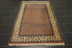 Magnificent hand-knotted oriental palace carpet, Sarouk Mir, 130 x 190 cm, made in India, great highland wool