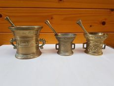Lot of 3 bronze mortars with pestles