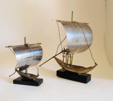 "Lot of 2 ""Rabelo"" model boat"