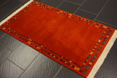Beautiful Persian carpet Gabbeh wool on wool, nomad's work, made in India, natural colours 70 x 140 cm