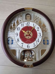 "Seiko Melodies in Motion 24 Melodies Wall Clock -  Special collector edition with a list ""C"" for Christmas - Swarovski elements"
