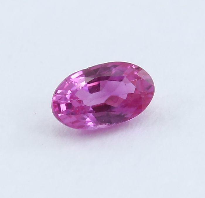 "Ruby - 0.29 ct. ""No Reserve"""
