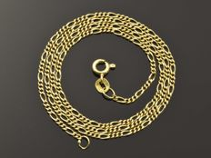 Necklace in 18 kt gold Length: 43.5 cm.