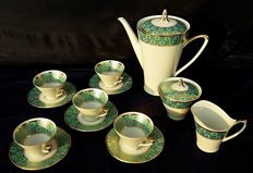 Johan Seltmann Vohenstrauß - Coffee set in enamelled porcelain and gold