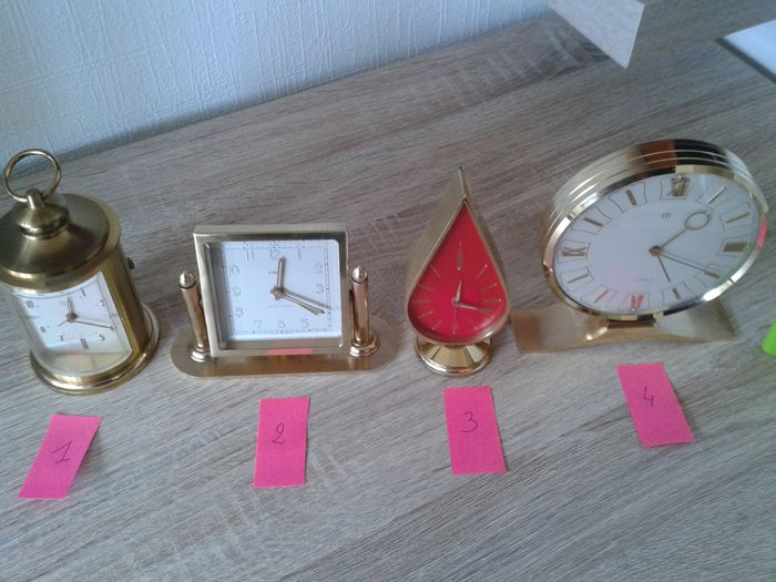 Four alarm clocks in brass, SOLO, DEP, UTI - 1950-1955 - FRANCE - SWITZERLAND