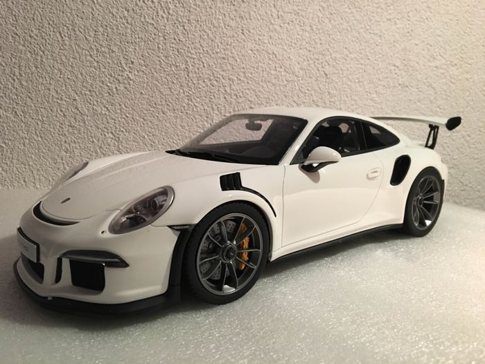 GT-Spirit - Scale 1/12 - Porsche 911 (991) GT3 RS - White