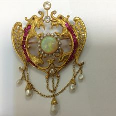 Brooch pendant, neo-Renaissance period, 18k gold, opal, rubies, diamonds, probably Austro-Hungary, 1850-1880