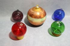 Set of five balls of blown glass, big Christmas ornaments.