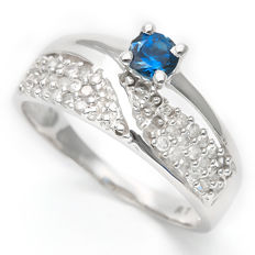 0.3 ct London Blue Topaz with 0.285 ct Diamond Ring set in 14K White Gold - Size: Europe 54